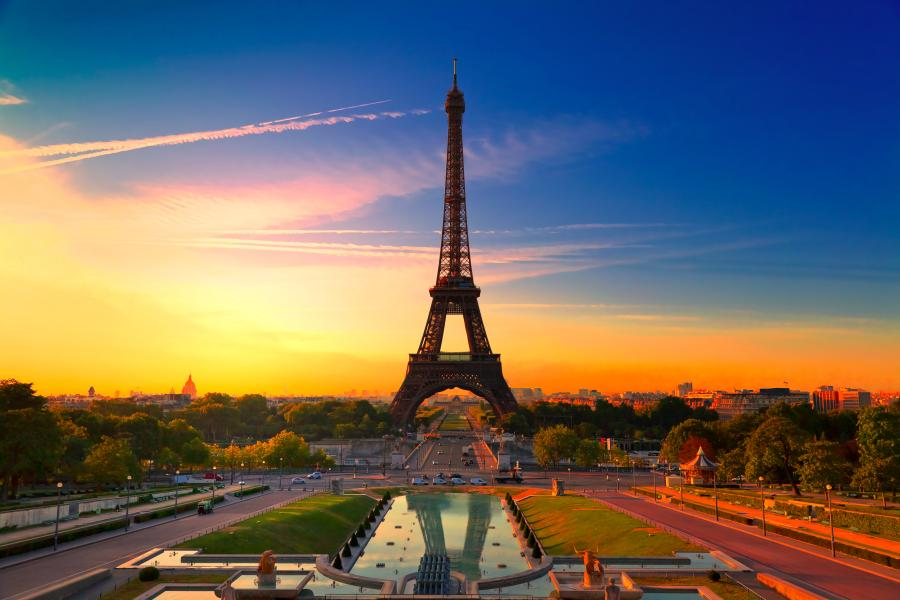 Image of the Eiffel Tower, Paris